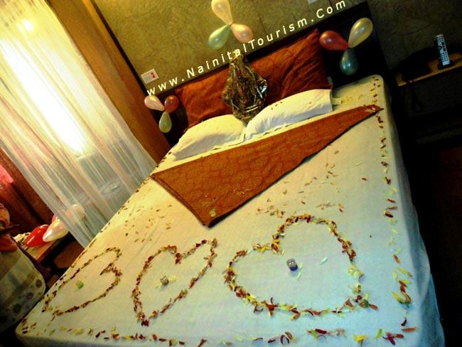 Package honeymoon room decoration honeymoon room decoration